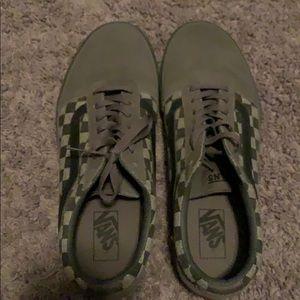 Vans ward checkerboard grey shoes